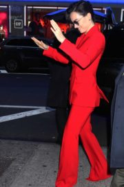 Daisy Ridley in red outfit arrives Good Morning America in New York City 2019/11/26 19