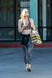 Dakota Fanning leaves after an exercise class in Los Angeles 2019/11/09 8