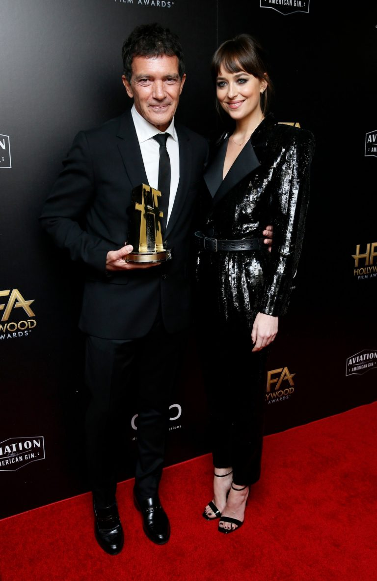 Dakota Johnson and Stepdad Antonio Banderas attend 23rd Annual Hollywood Film Awards in Los Angeles 2019/11/03 3