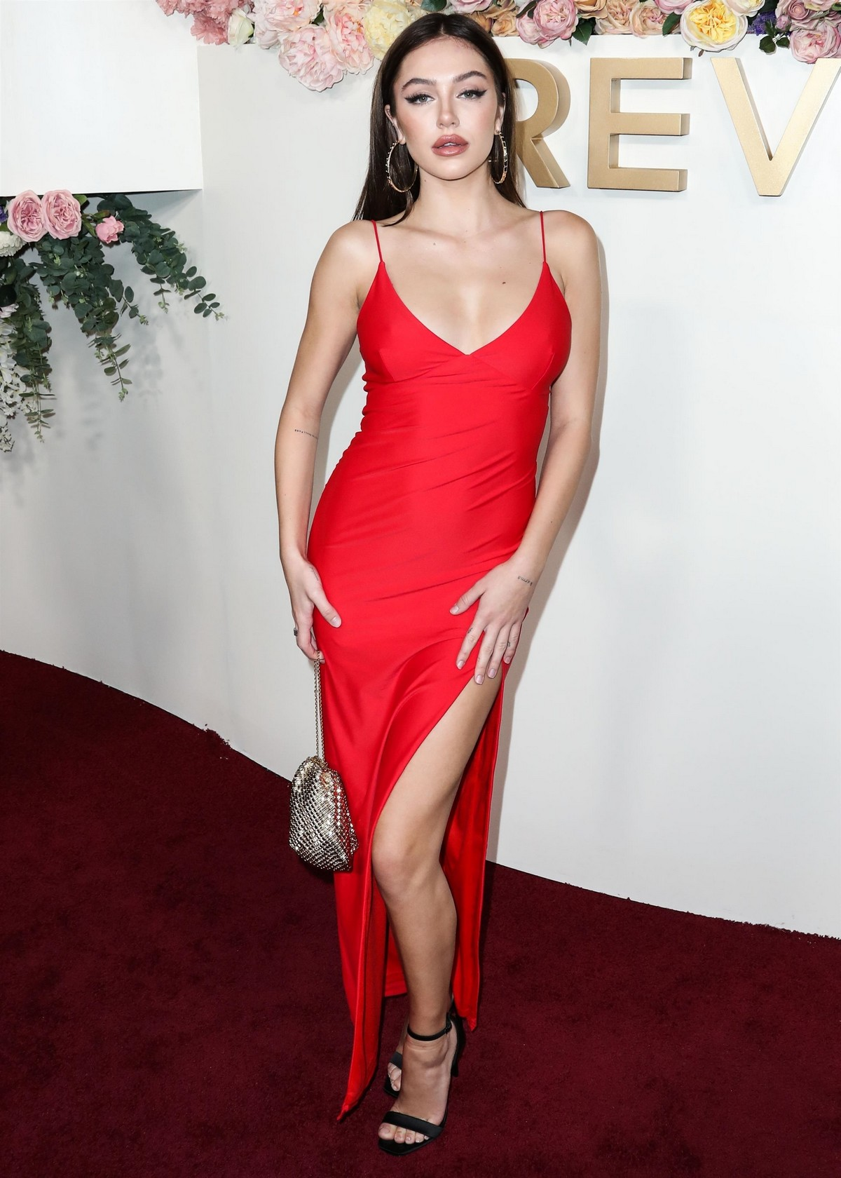 Delilah Belle Hamlin seen in Red Stylish Dress at 3rd Annual #REVOLVE Awards 2019 in Los Angeles 2019/11/15 14