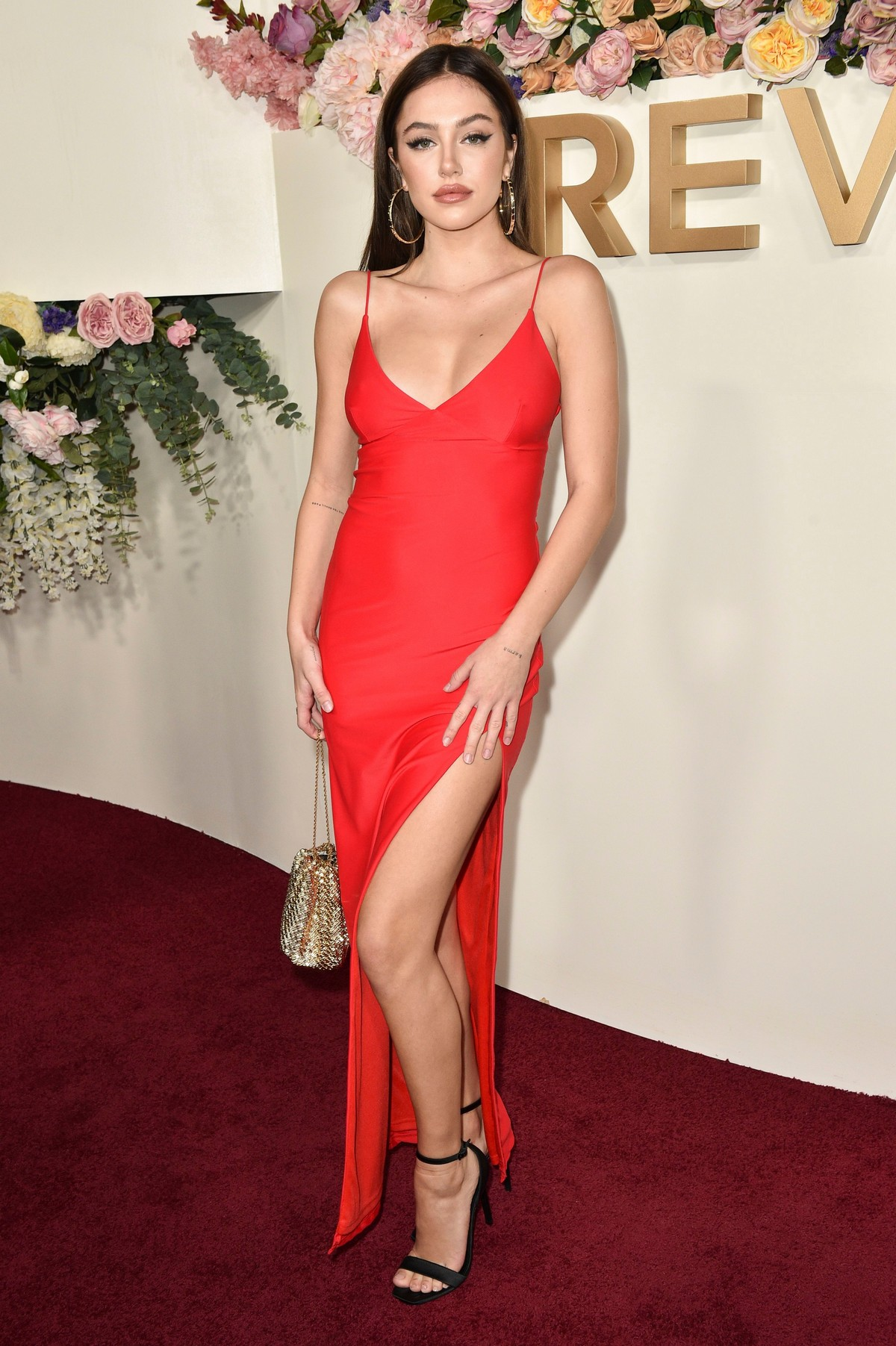 Delilah Belle Hamlin seen in Red Stylish Dress at 3rd Annual #REVOLVE Awards 2019 in Los Angeles 2019/11/15 15