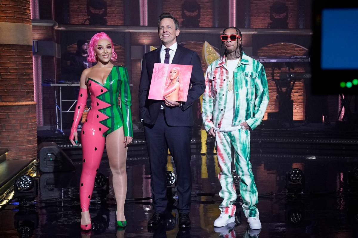Doja Cat performs Late Night with Seth Meyers in New York City 2019/11/19 9