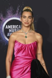 Dua Lipa attends 2019 American Music Awards at Microsoft Theater in Los Angeles 2019/11/24 6