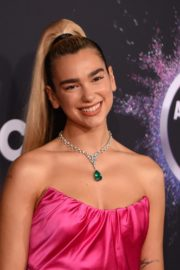 Dua Lipa attends 2019 American Music Awards at Microsoft Theater in Los Angeles 2019/11/24 11
