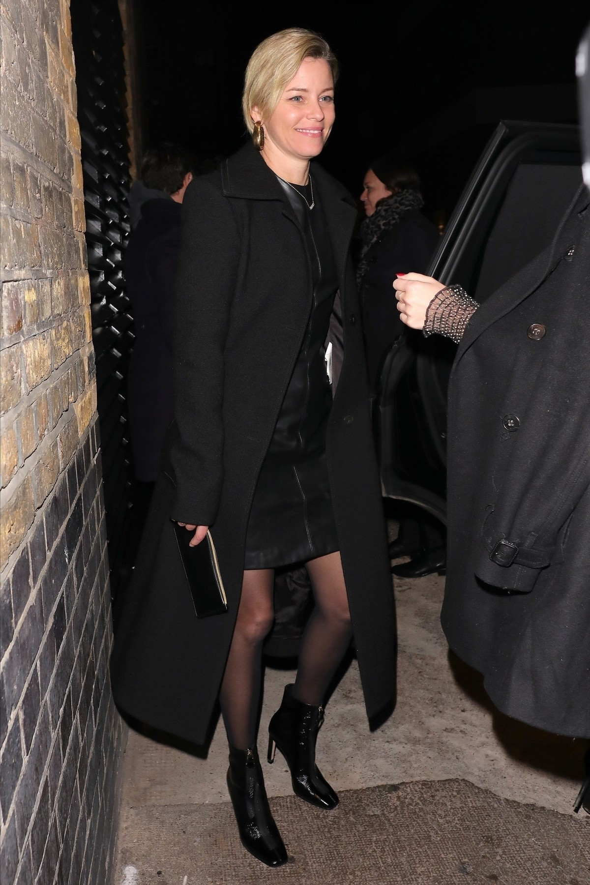 Elizabeth Banks Leaves the Chiltern Firehouse in London 2019/11/19 3