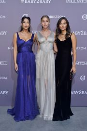 Elizabeth Turner attends 2019 Baby2Baby Gala by Paul Mitchell at 3LABS in Culver City 2019/11/09 1
