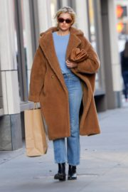 Elsa Hosk seen in brown long coat out in New York 2019/11/25 4