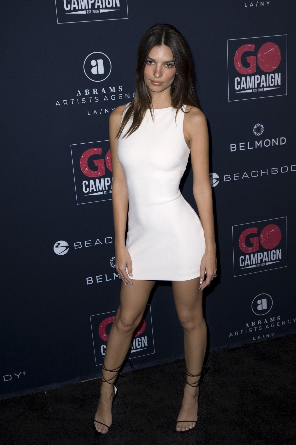 Emily Ratajkowski attends GO Campaign's 13th Annual Gala at NeueHouse in Hollywood 2019/11/16 4