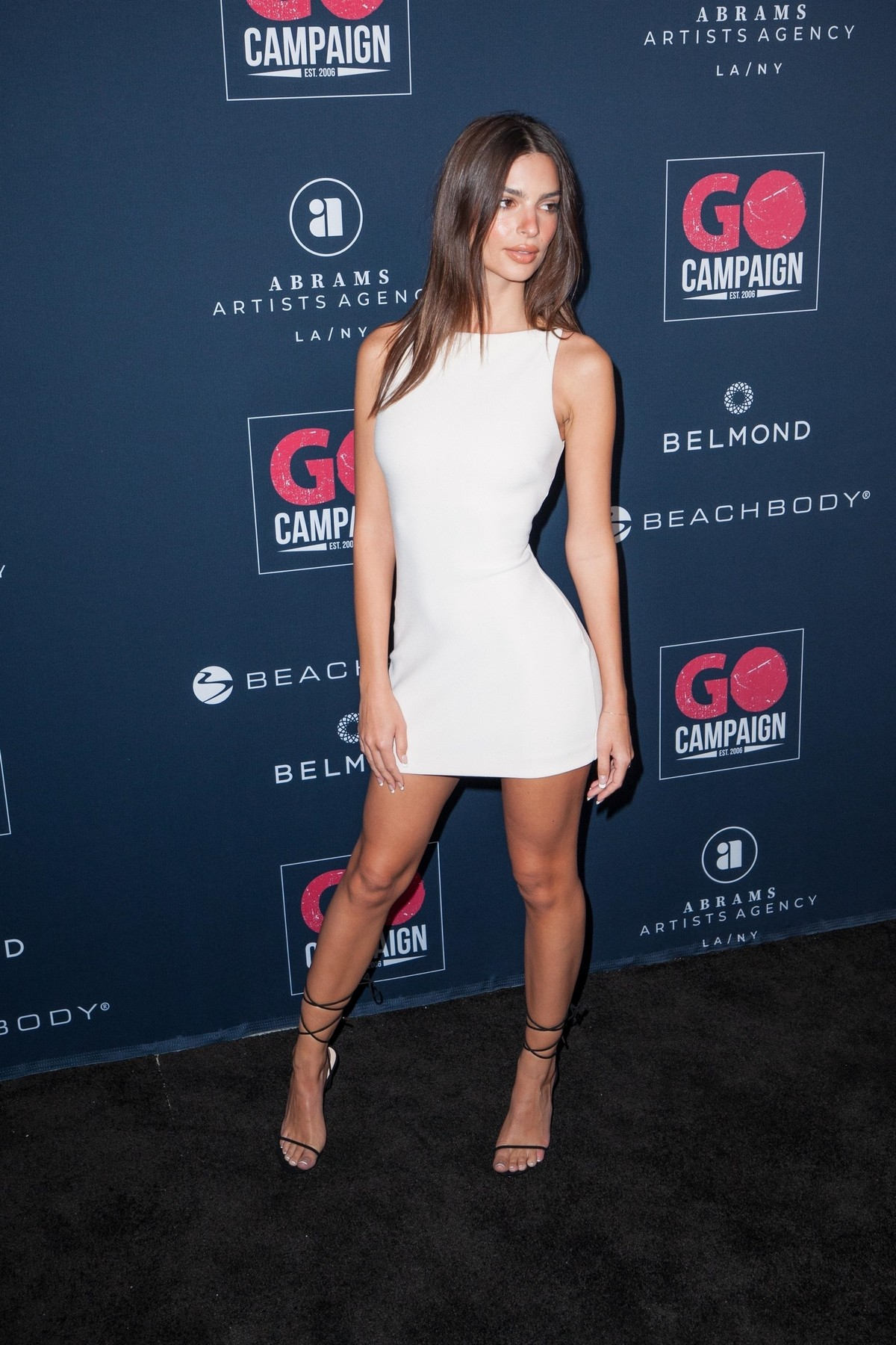 Emily Ratajkowski attends GO Campaign's 13th Annual Gala at NeueHouse in Hollywood 2019/11/16 7