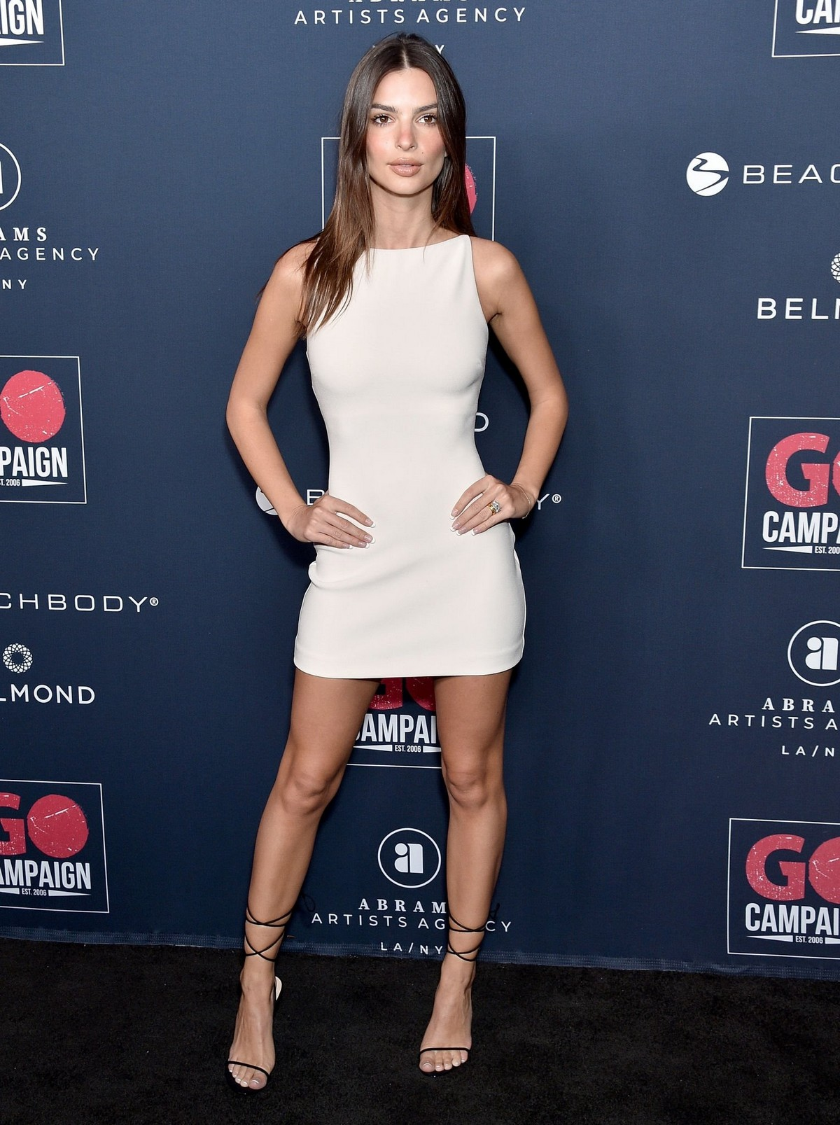 Emily Ratajkowski attends GO Campaign's 13th Annual Gala at NeueHouse in Hollywood 2019/11/16 9
