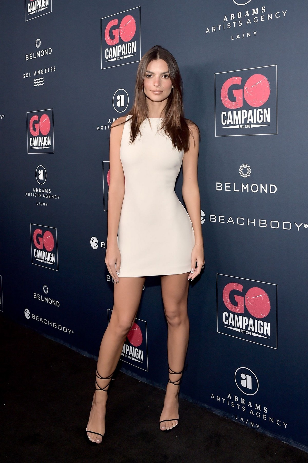 Emily Ratajkowski attends GO Campaign's 13th Annual Gala at NeueHouse in Hollywood 2019/11/16 11