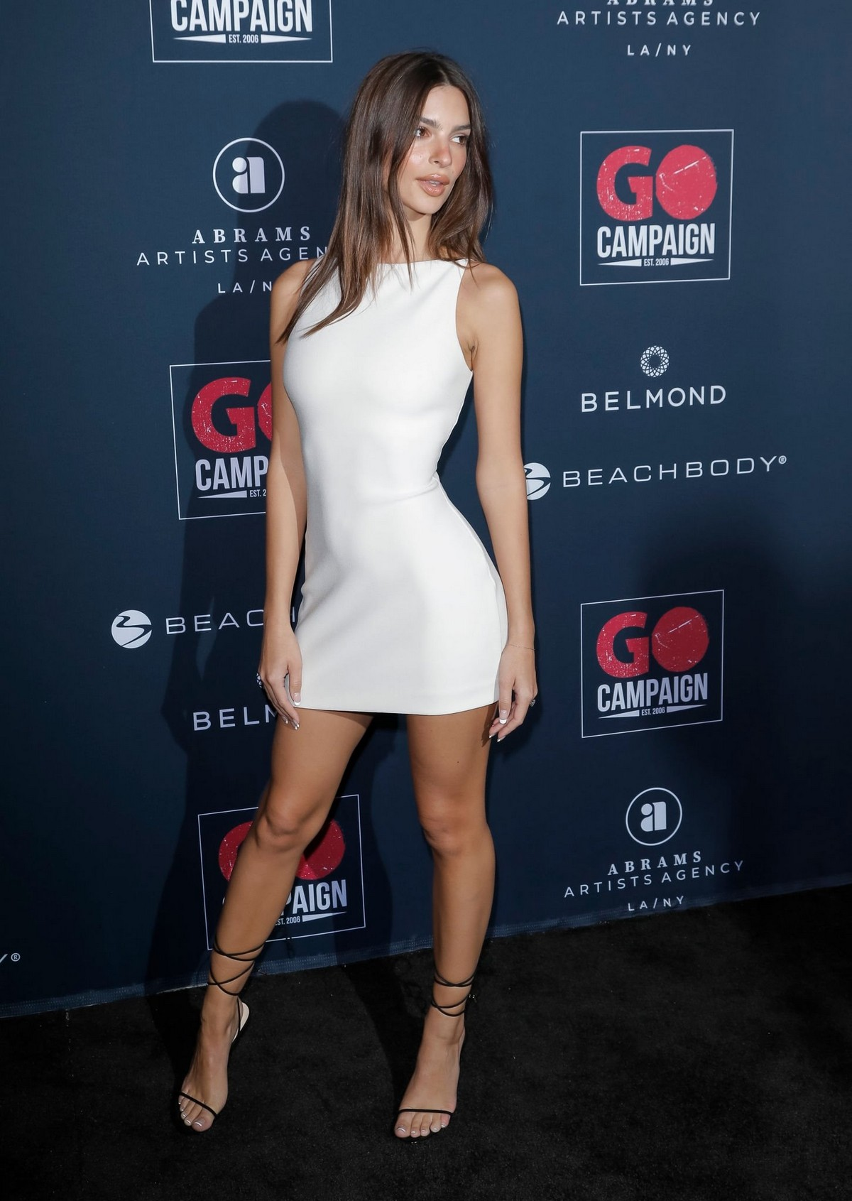 Emily Ratajkowski attends GO Campaign's 13th Annual Gala at NeueHouse in Hollywood 2019/11/16 13