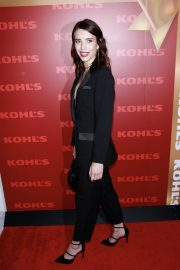 """Emma Roberts attends """"New Gifts at every Turn"""" holiday shopping event in New York City, 2019/11/06 3"""