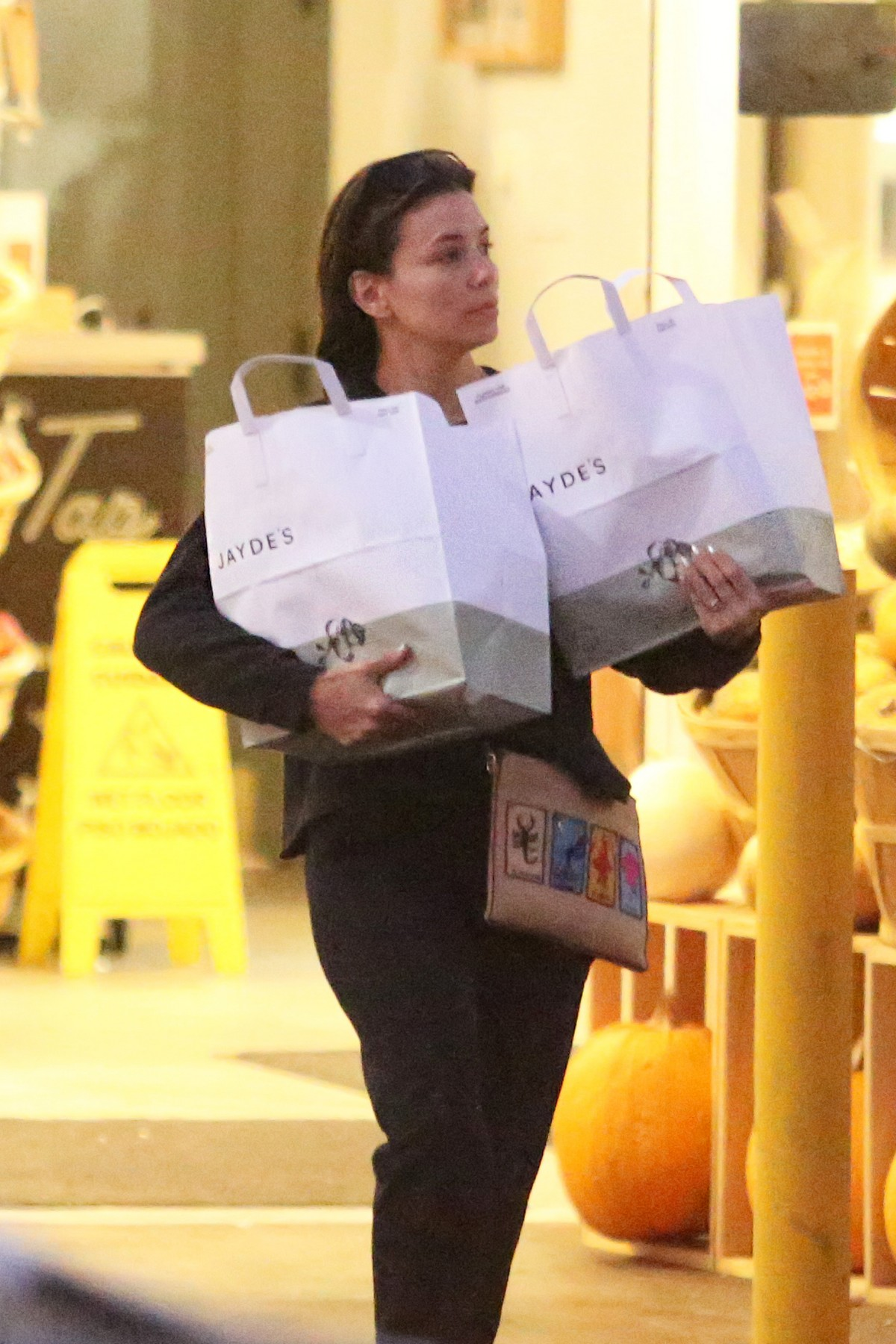 Eva Longoria After Leaves Jayde's Shopping Out in Beverly Hills 2019/11/16 8