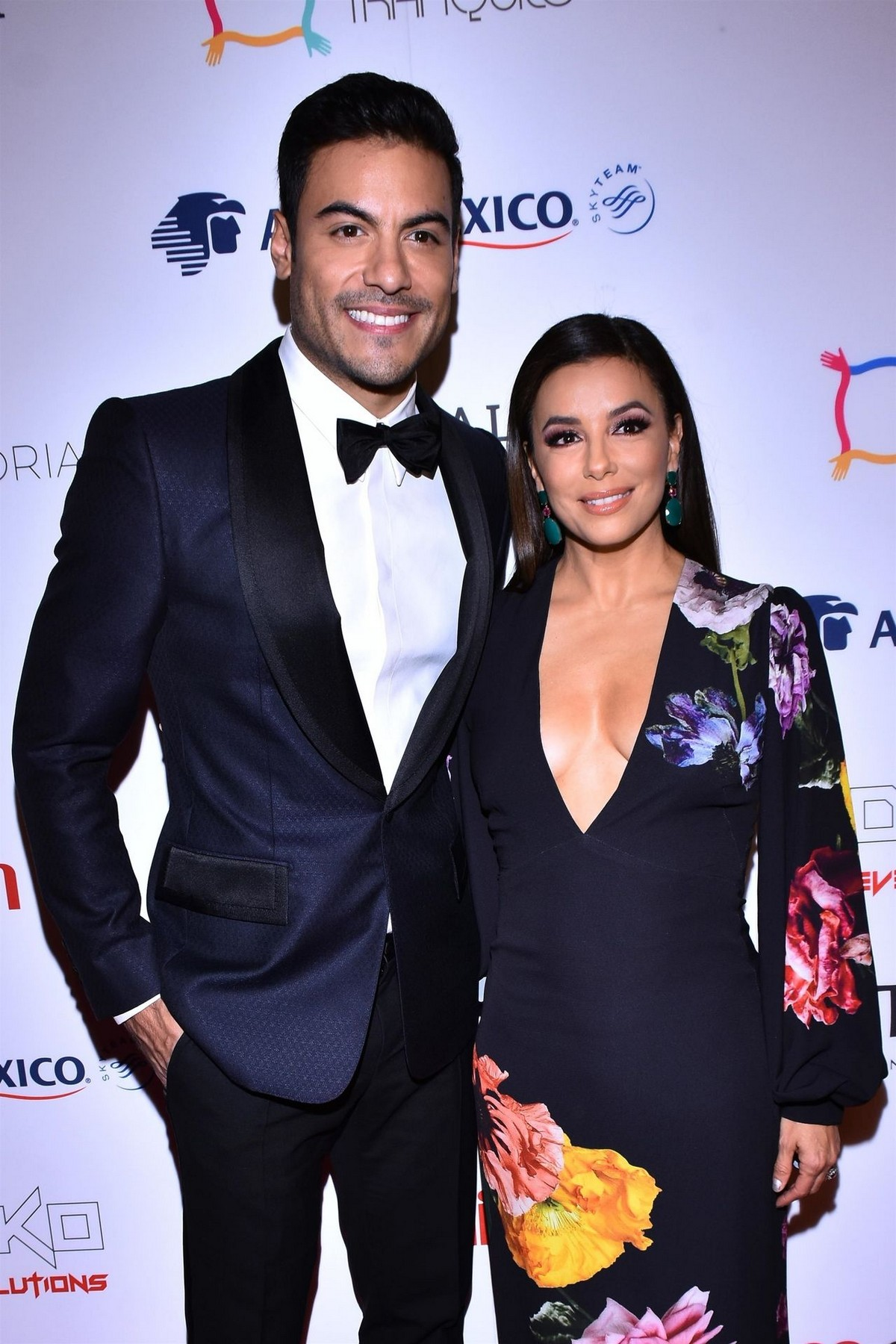 Eva Longoria and Carlos Rivera attends 5th Global Gift Foundation Gala in Mexico City 2019/11/19 1