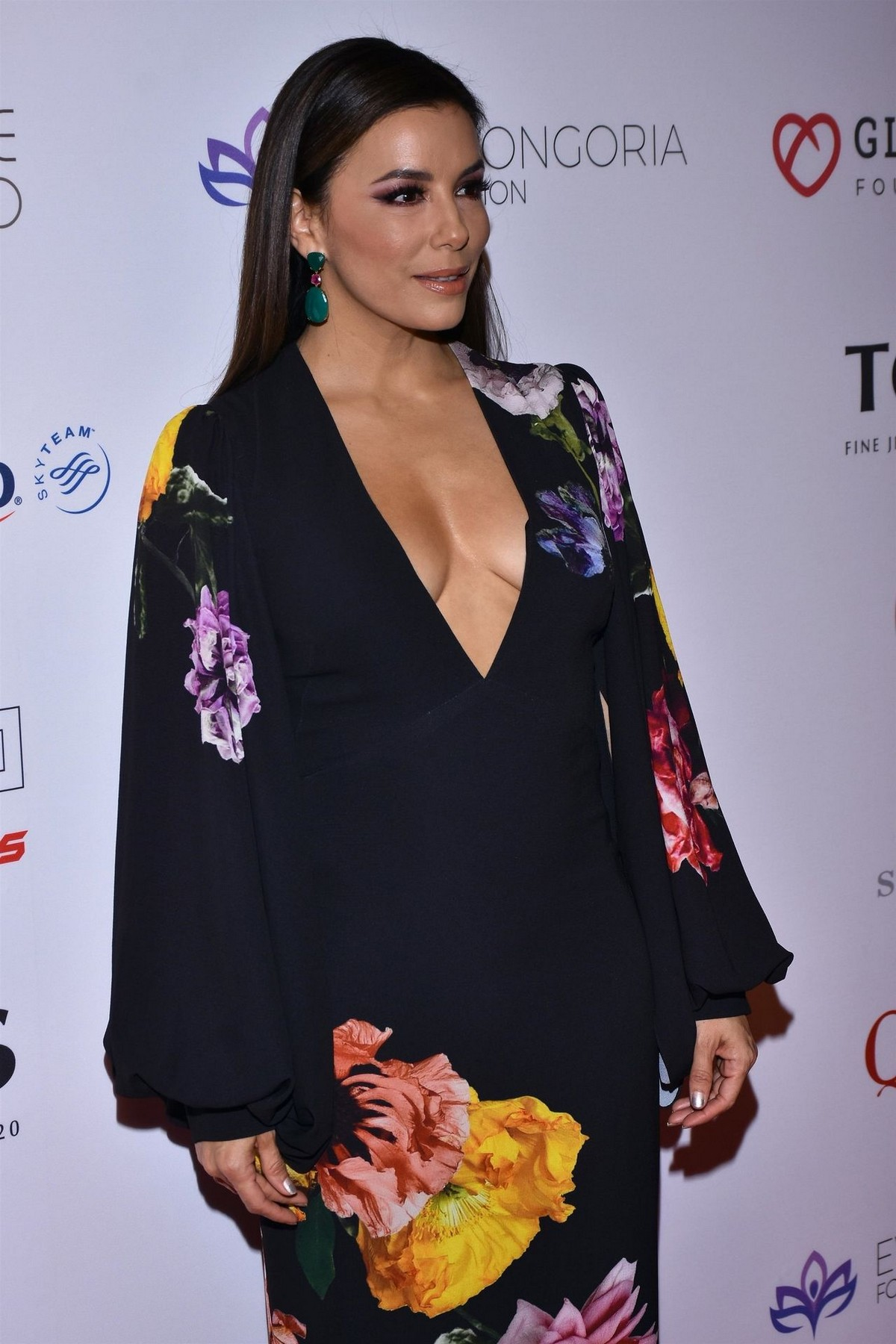 Eva Longoria attends 5th Global Gift Foundation Gala in Mexico City 2019/11/19 6