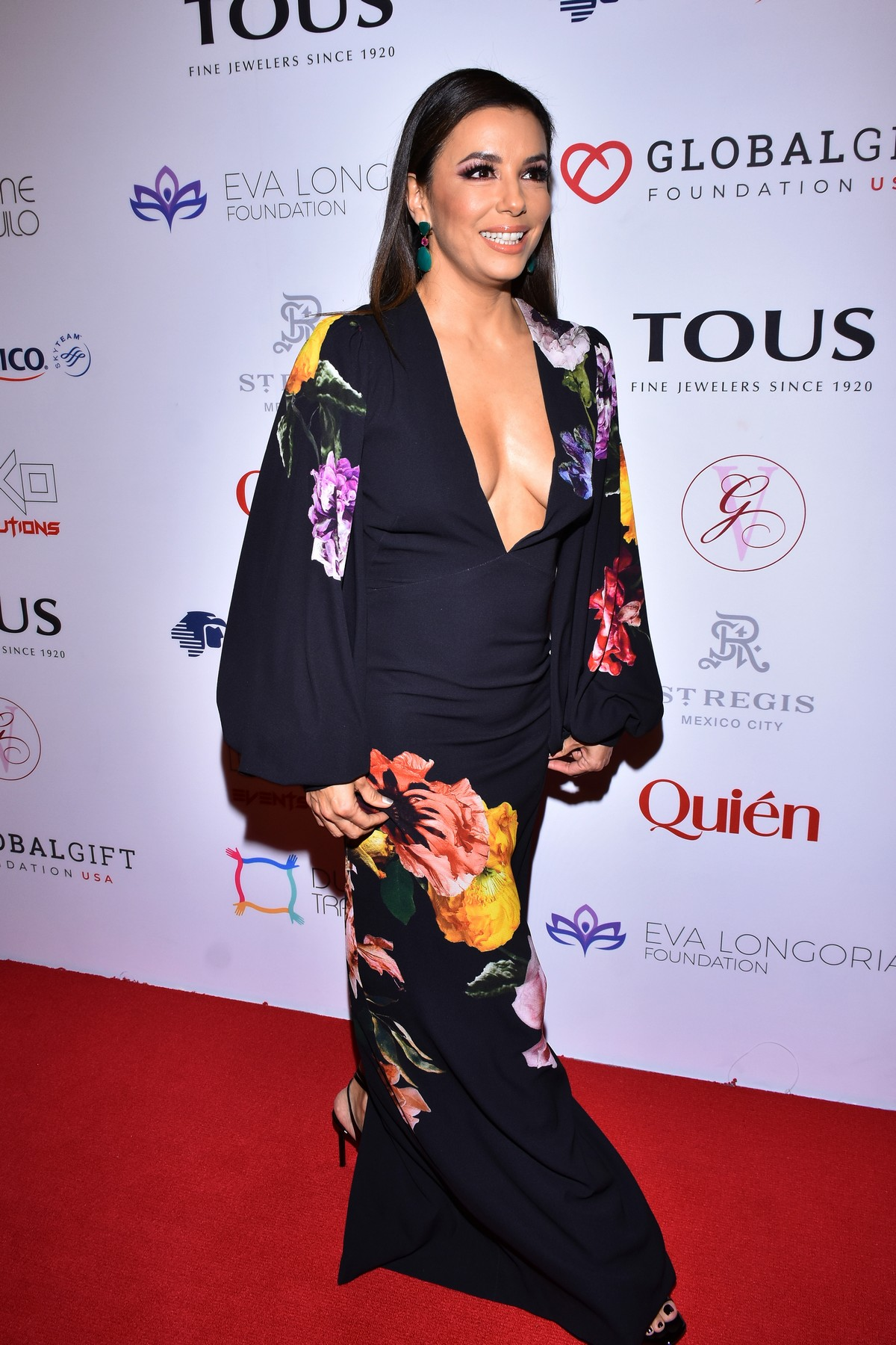 Eva Longoria attends 5th Global Gift Foundation Gala in Mexico City 2019/11/19 11