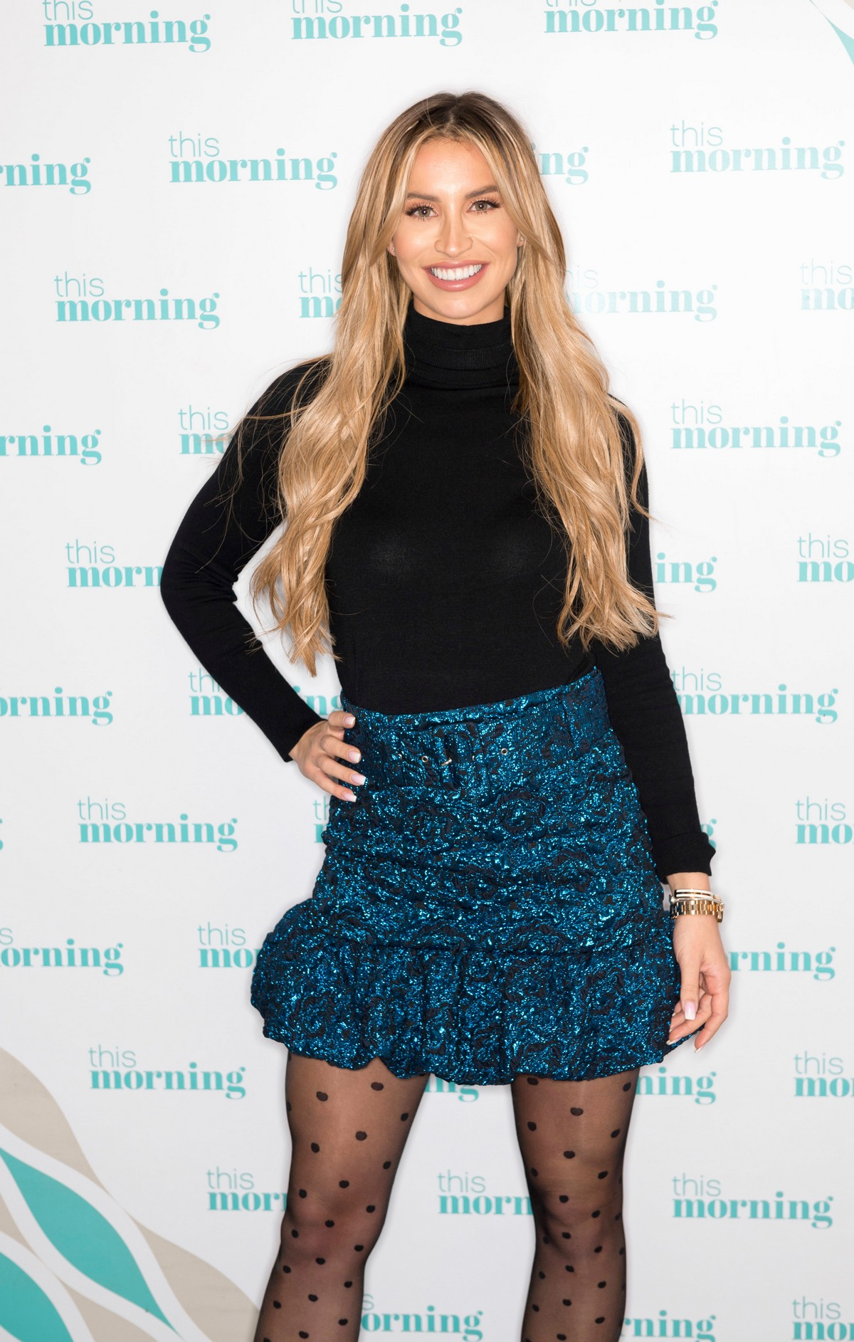Ferne McCann attends This Morning TV Show in London 2019/11/15 3