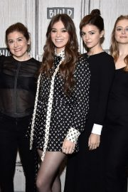 Hailee Steinfeld attends Photocall and interview at Build Studio in New York 2019/10/31 18
