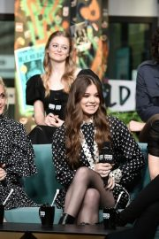 Hailee Steinfeld attends Photocall and interview at Build Studio in New York 2019/10/31 21