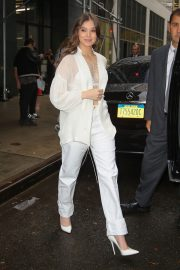 Hailee Steinfeld seen in gorgeous in a white outfit in New York 2019/10/31 6