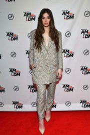 """Hailee Steinfeld visits BuzzFeed's """"AM To DM"""" New York 2019/11/01 2"""