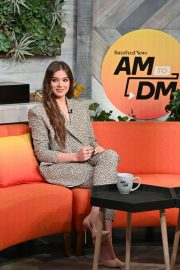 """Hailee Steinfeld visits BuzzFeed's """"AM To DM"""" New York 2019/11/01 4"""