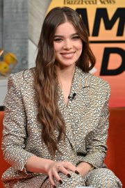 """Hailee Steinfeld visits BuzzFeed's """"AM To DM"""" New York 2019/11/01 11"""