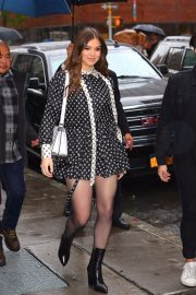 Hailee Steinfeld visits the Build Series in New York City 2019/10/31 16