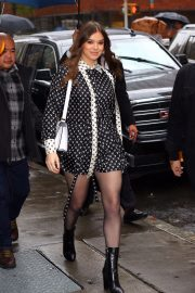 Hailee Steinfeld visits the Build Series in New York City 2019/10/31 21