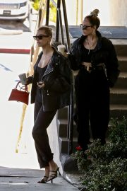Hailey Bieber Out and About with her stylist in West Hollywood 2019/10/31 15