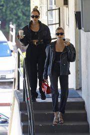 Hailey Bieber Out and About with her stylist in West Hollywood 2019/10/31 26