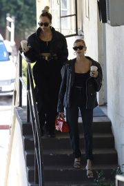 Hailey Bieber Out and About with her stylist in West Hollywood 2019/10/31 28