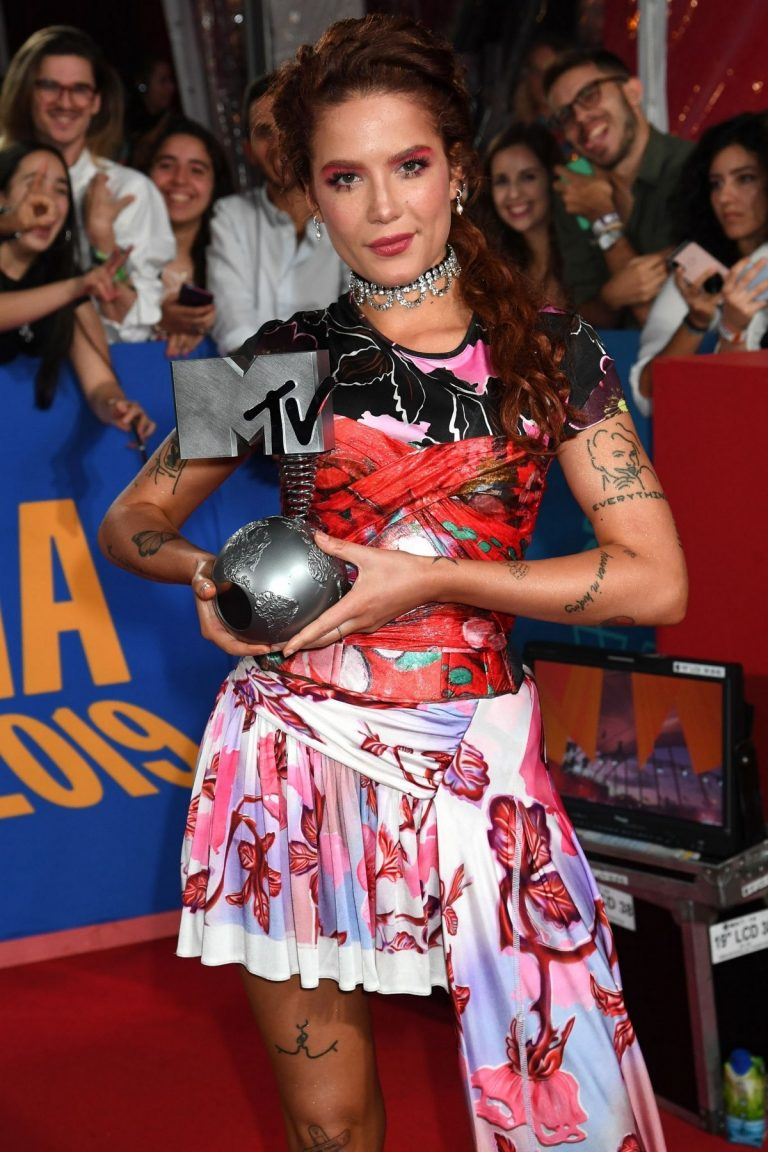 Halsey attends 26th MTV Europe Music Awards in Seville, Spain 2019/11/03 18
