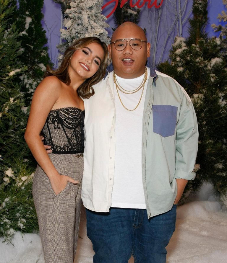 "Jacob Batalon and Isabela Merced arrives Netflix's ""Let It Snow"" at Four Seasons Hotel in Beverly Hills 2019/11/01 1"