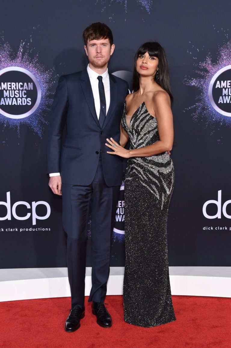 Jameela Jamil and James Blake attend 2019 American Music Awards at Microsoft Theater in Los Angeles 2019/11/24 2