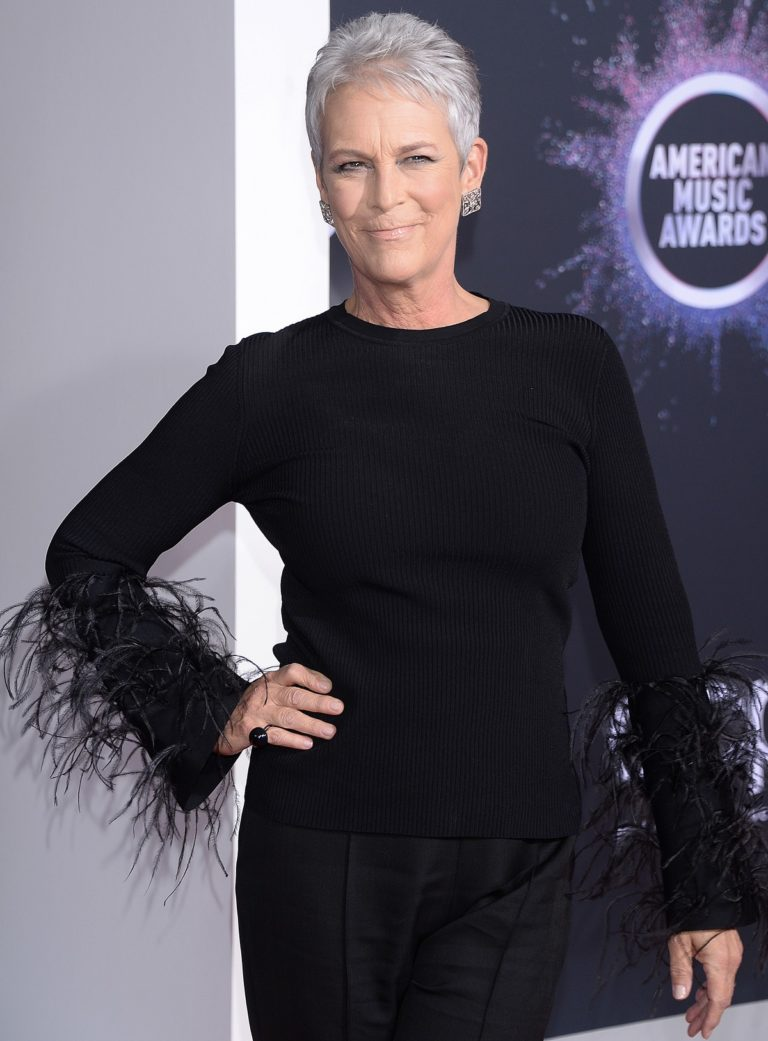 Jamie Lee Curtis attends 2019 American Music Awards at the Microsoft Theater in Los Angeles 2019/11/24 1