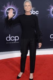 Jamie Lee Curtis attends 2019 American Music Awards at the Microsoft Theater in Los Angeles 2019/11/24 2