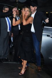 Jennifer Aniston arrives 'The Late Show with Stephen Colbert' in New York 2019/10/29 7