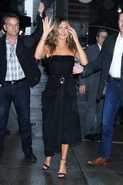 Jennifer Aniston arrives 'The Late Show with Stephen Colbert' in New York 2019/10/29 10