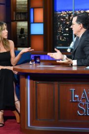Jennifer Aniston attends The Late Show with Stephen Colbert in Manhattan 2019/10/29 3