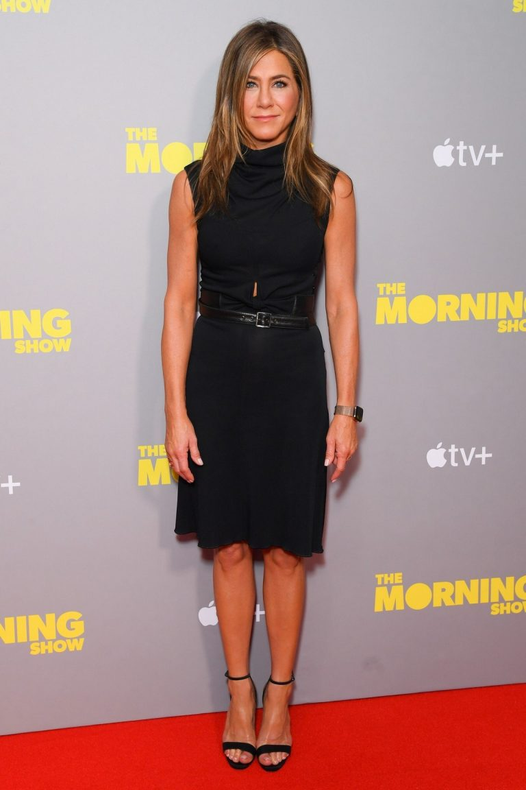 Jennifer Aniston attends 'The Morning Show' Screening in London 2019/11/01 5