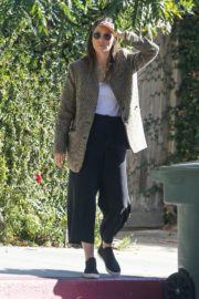 Jessica Biel in White Tank Top with Coat Out in Los Angeles 2019/11/22 12