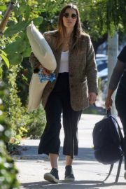 Jessica Biel in White Tank Top with Coat Out in Los Angeles 2019/11/22 14