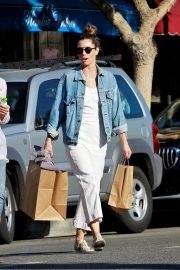 Jessica Biel Shopping with her mom in Los Angeles 2019/10/26 6
