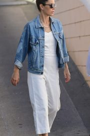 Jessica Biel Shopping with her mom in Los Angeles 2019/10/26 8