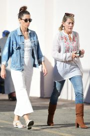Jessica Biel Shopping with her mom in Los Angeles 2019/10/26 11