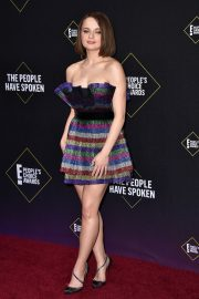 Joey King arrives at 2019 E! People's Choice Awards in Santa Monica 2019/11/10 8