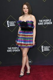 Joey King arrives at 2019 E! People's Choice Awards in Santa Monica 2019/11/10 10