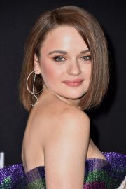 Joey King arrives at 2019 E! People's Choice Awards in Santa Monica 2019/11/10 13